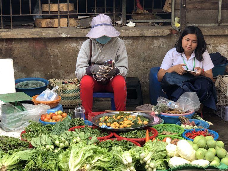 Kambodża - Azjaci często noszą maseczki