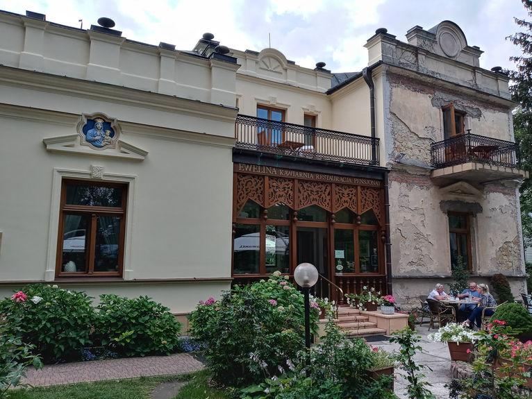 Nałęczów, najbardziej znana kawiarnia Ewelina