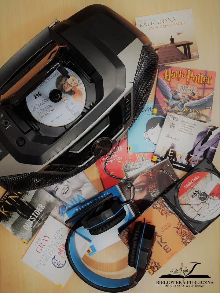 płyty, słuchawki i odtwarzacz