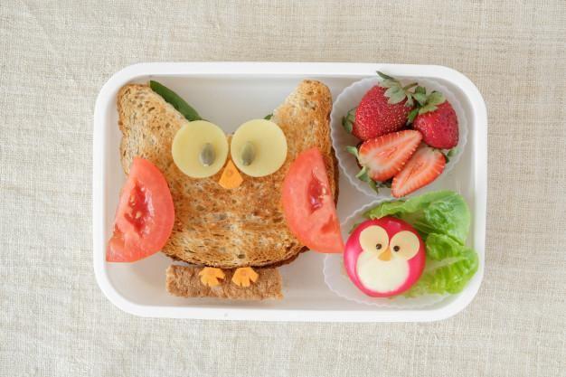 Lunchbox dla dziecka w pudełku