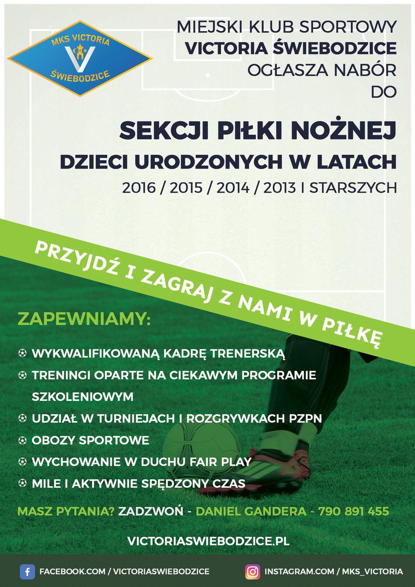 Plakat informujący o naborze do sekcji pilki nożnej MKS Victoria Świebodzice